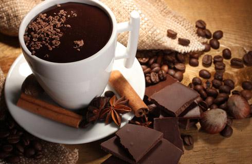 Ζεστή σοκολάτα ρόφημα μεκουβερτούρα