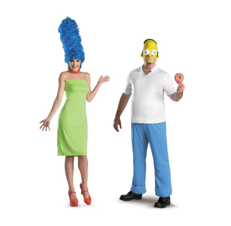 09. The Simpsons - Homer & Marge.jpg