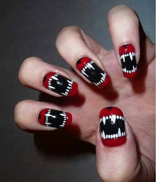 Scary-Fangs-Mouth-Halloween-Nail-Art.jpg