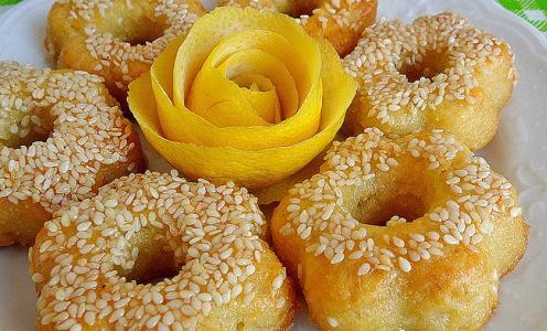 Σιροπιαστά μπισκότα λεμονιού
