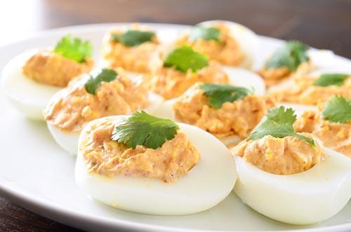 chili-spiced-deviled-eggs.jpg