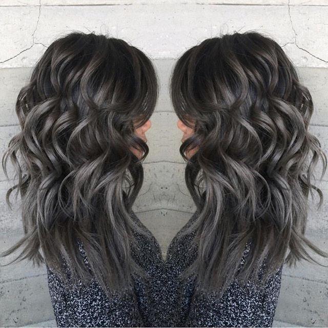 Charcoal μαλλιά για το καλοκαίρι 2017!