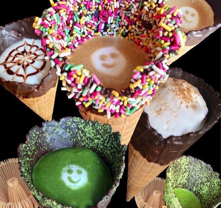 Καφές μέσα σε …..χωνάκι παγωτού!!
