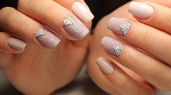 Τα 10 κορυφαία χρώματα στα νύχια για τοφθινόπωρο!