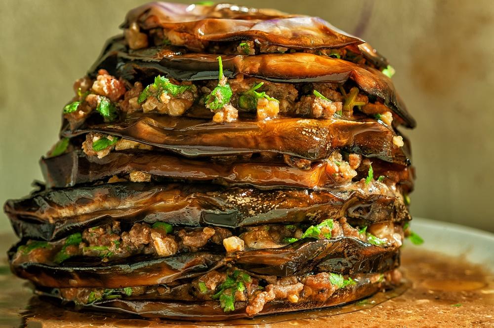 Μελιτζάνες φούρνου μεκαρύδια
