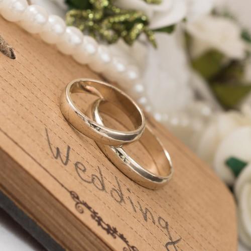 Γιατί πολλοί παντρεμένοι δεν φορούν τη βέρατους;