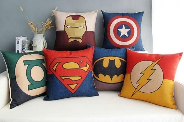 23-ideas-for-making-the-ultimate-superhero-bedroom-2-3833-1428243395-12_dblbig.jpg