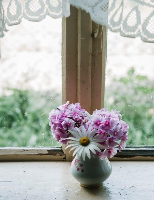 Κάντε το Σπίτι σας να Μυρίσει Όμορφα Μέσα σε Λίγα ΜόνοΛεπτά