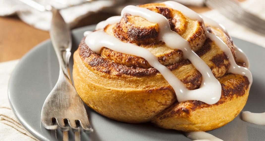 Φτιάξε μόνος σου ζεστά και λαχταριστά cinnamonrolls