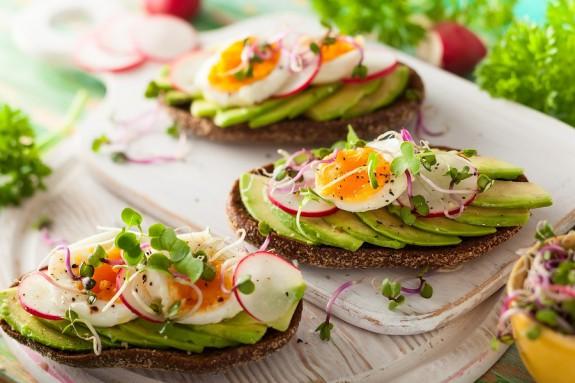Pegan diet: Όλα όσα πρέπει να ξέρεις για τη νέα δίαιτα τωνinfluencers