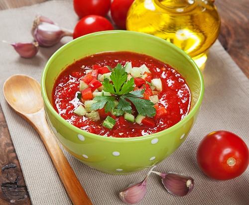 Καλοκαιρινή σούπα λαχανικών