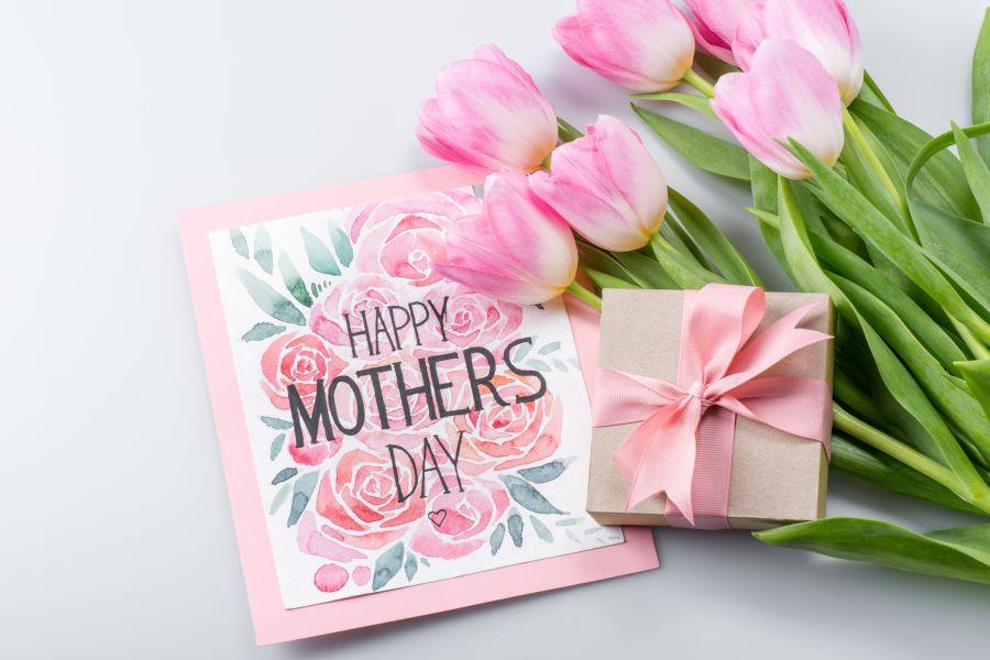 Γιορτή της Μητέρας 2018: 5 τρόποι για να κάνεις τη μητέρα σου χαρούμενη αυτή τημέρα!
