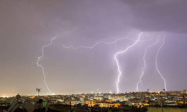 Έκτακτο δελτίο επιδείνωσης καιρού: Ποιες περιοχές θα «σαρώσει» η κακοκαιρία τις επόμενεςώρες