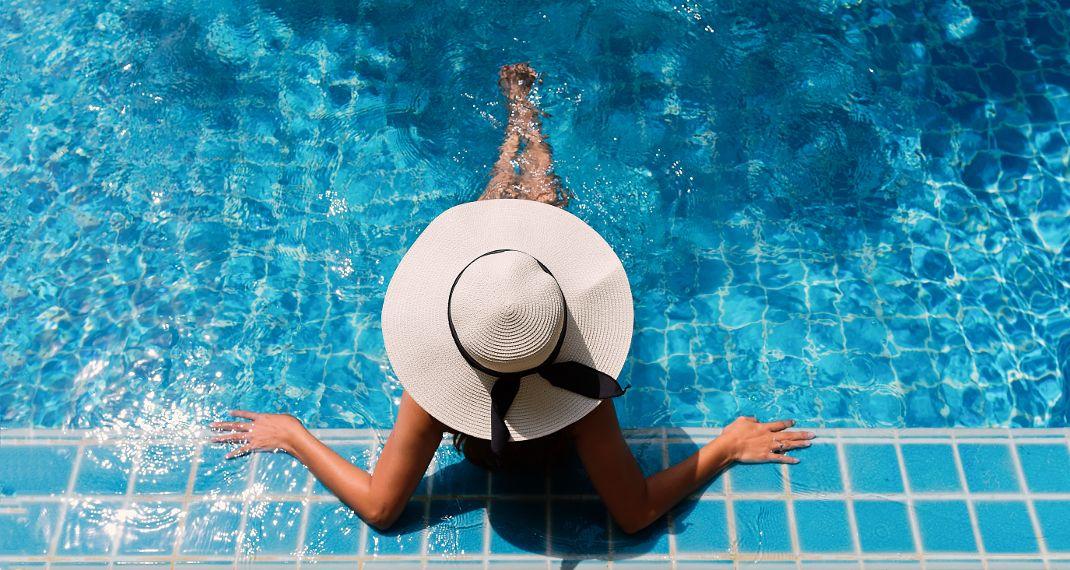 Τι υπάρχει μέσα σε μια πισίνα -Ο λόγος για να μην βουτήξειςφέτος