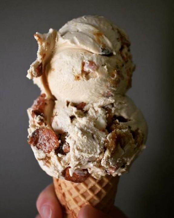 Το παγωτό με χοιρινό είναι το πιο περίεργο trend του φετινούκαλοκαιριού