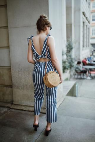 vertical-stripes.jpg