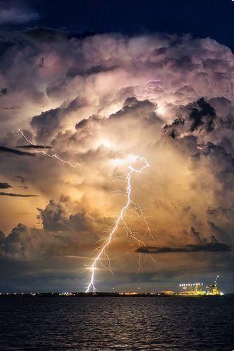 Έκτακτο δελτίο ΕΜΥ: Ραγδαία επιδείνωση του καιρού – Πού θα χτυπήσουν έντονα φαινόμενα σε λίγεςώρες