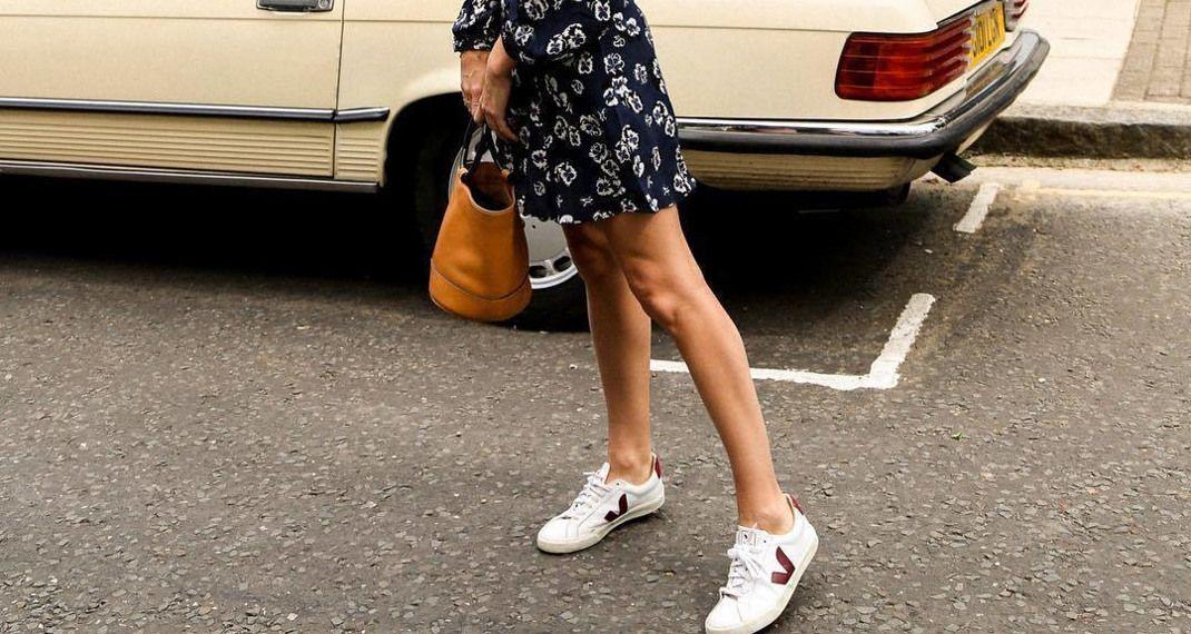Αυτά τα super chic sneakers ενός γαλλικού brand είναι η τελευταία εμμονή των κοριτσιών στοInstagram