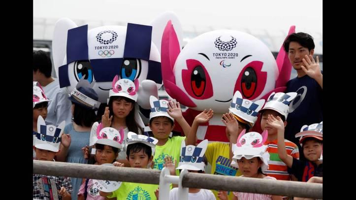 2018-07-22T055132Z_172682631_RC124FC28D70_RTRMADP_3_OLYMPICS-TOKYO-MASCOTS.JPG