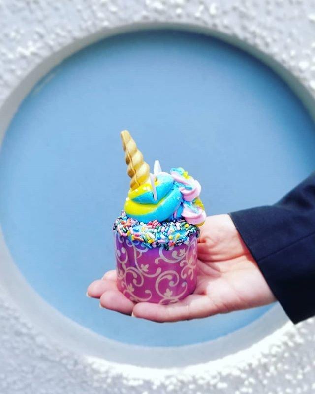 Iridescent-Cupcake-Disneyland.jpg