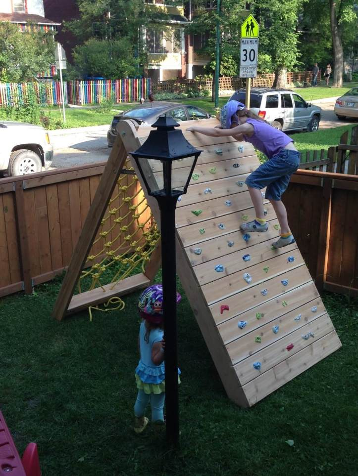 03-diy-backyard-ideas-for-kids-homebnc.jpg