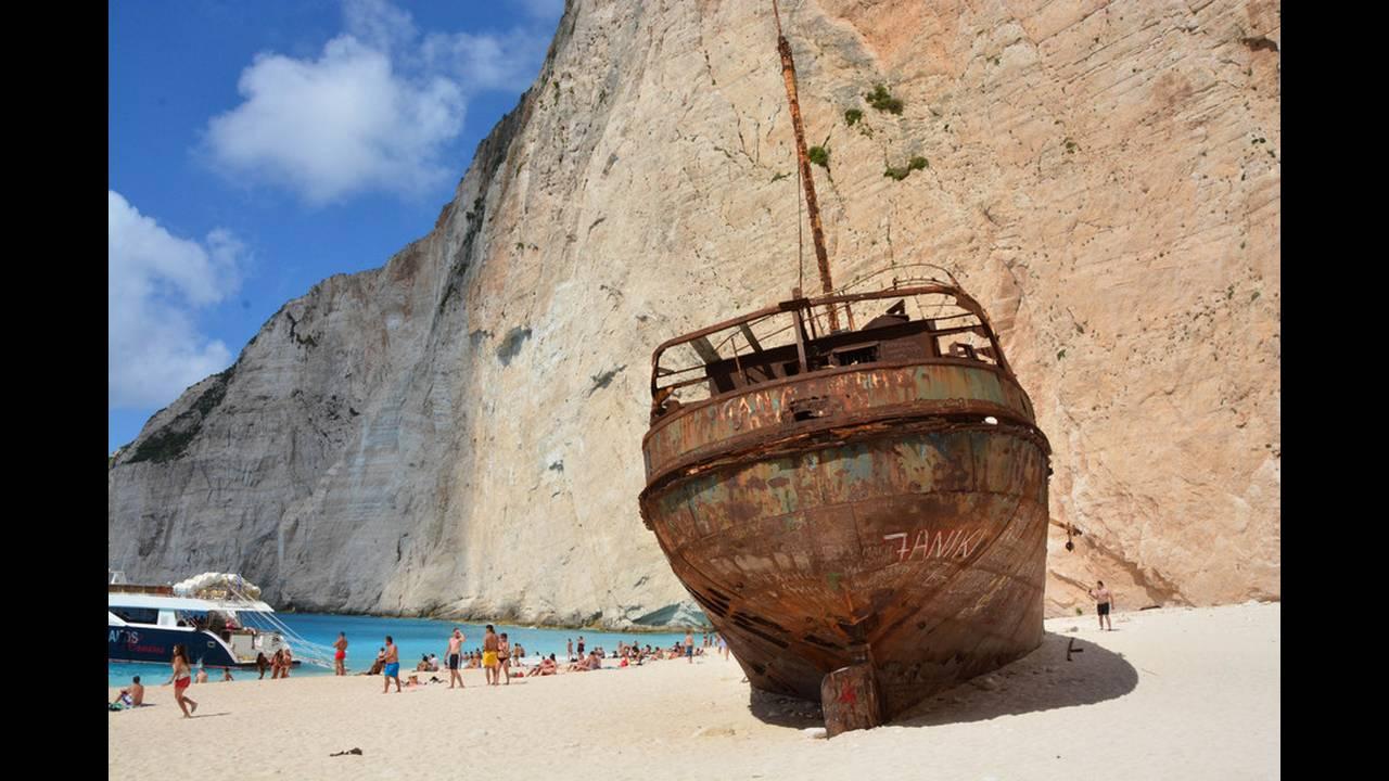 Ναυάγιο Ζακύνθου: Η ιστορία του πλοίου «Παναγιώτης» που προσάραξε στηνακτή