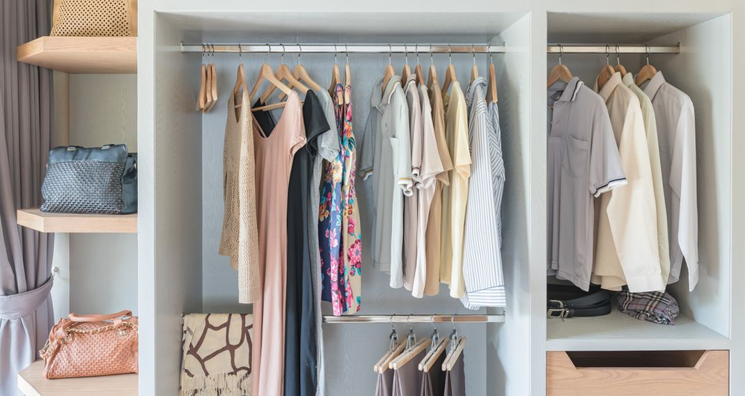 Tο πανεύκολο κόλπο για να απαλλαγείς από την υγρασία στην ντουλάπα σου -Τι θαχρειαστείς
