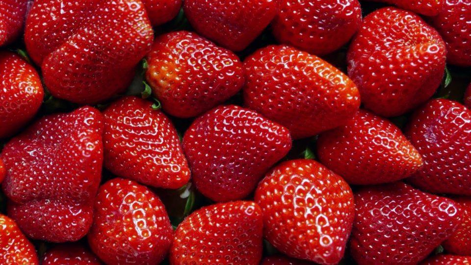 Νέος συναγερμός: «Φύτεψαν» πάλι βελόνες σεφράουλες