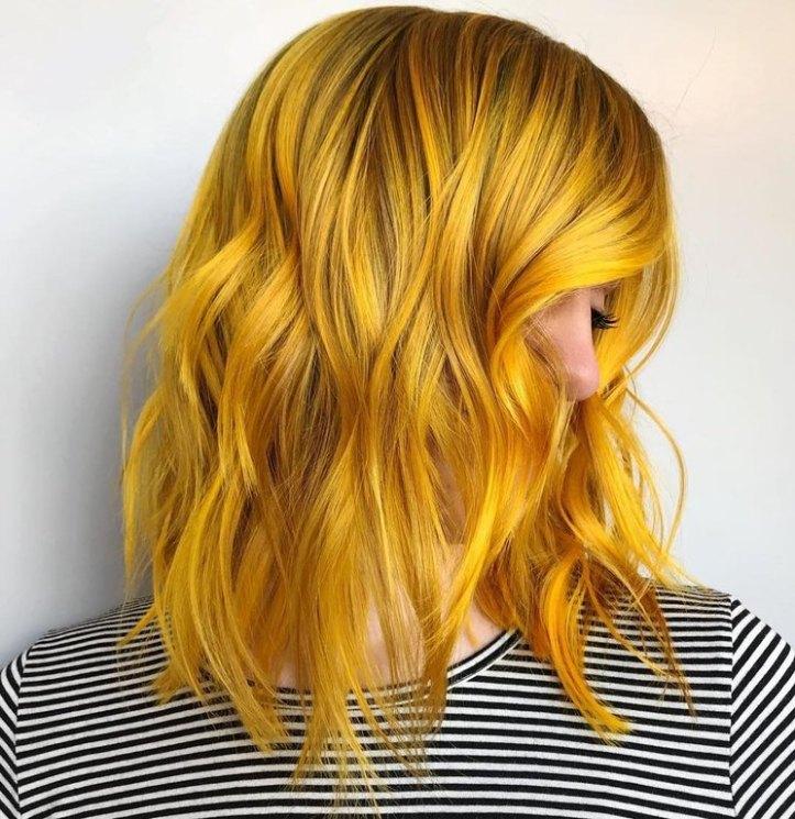 kitrina-mallia-genz-yellow-hair-trend-3.jpg