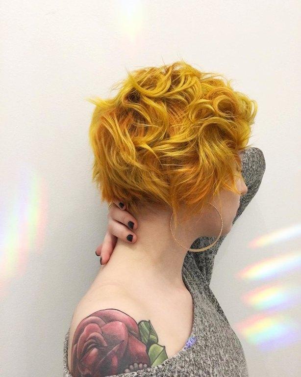 kitrina-mallia-genz-yellow-hair-trend-9.jpg