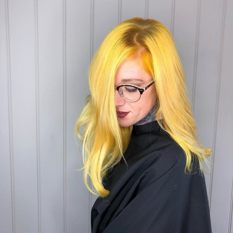 kitrina-mallia-genz-yellow-hair-trend.jpg