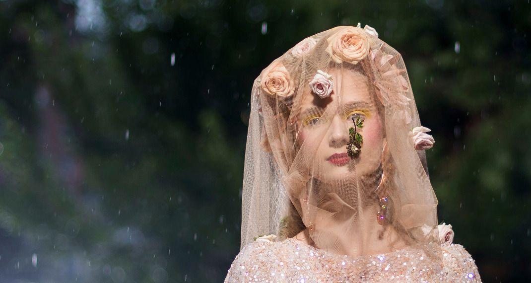 To μακιγιάζ και τα μαλλιά του οίκου Rodarte για την άνοιξη είναι εμπνευσμένα από τον Πικάσο και τονΝταλί