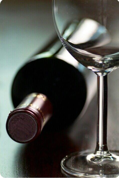 Γιατί δεν πρέπει να αποθηκεύονται όρθια τα μπουκάλια τουκρασιού