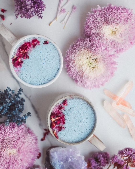 Introducing Moon Milk, the Pretty Drink Taking Over Pinterest That Will Help YouSleep