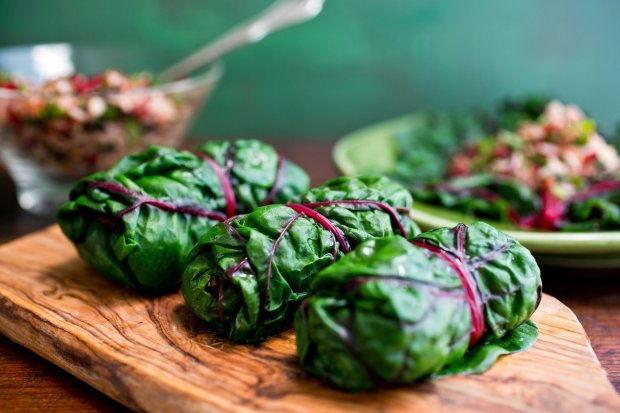 Christmas 2019: unusual stuffed beet leaves