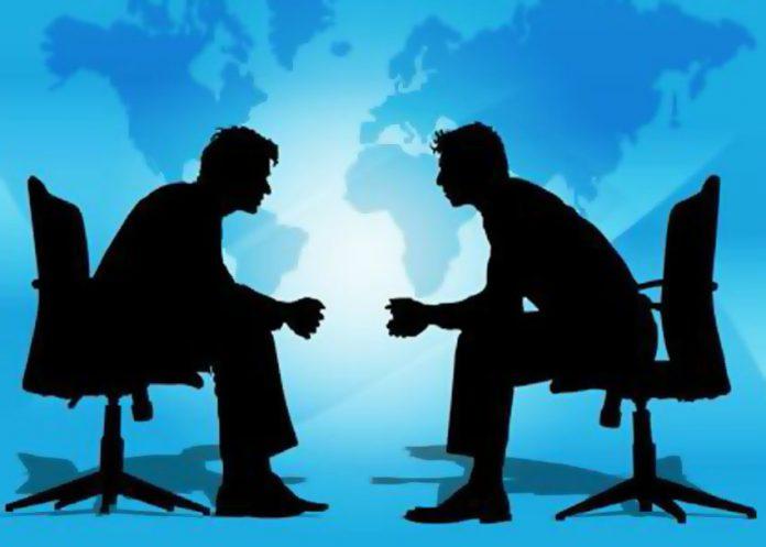 Πού πρέπει να κάθεσαι για να κλείσεις μια καλήσυμφωνία;