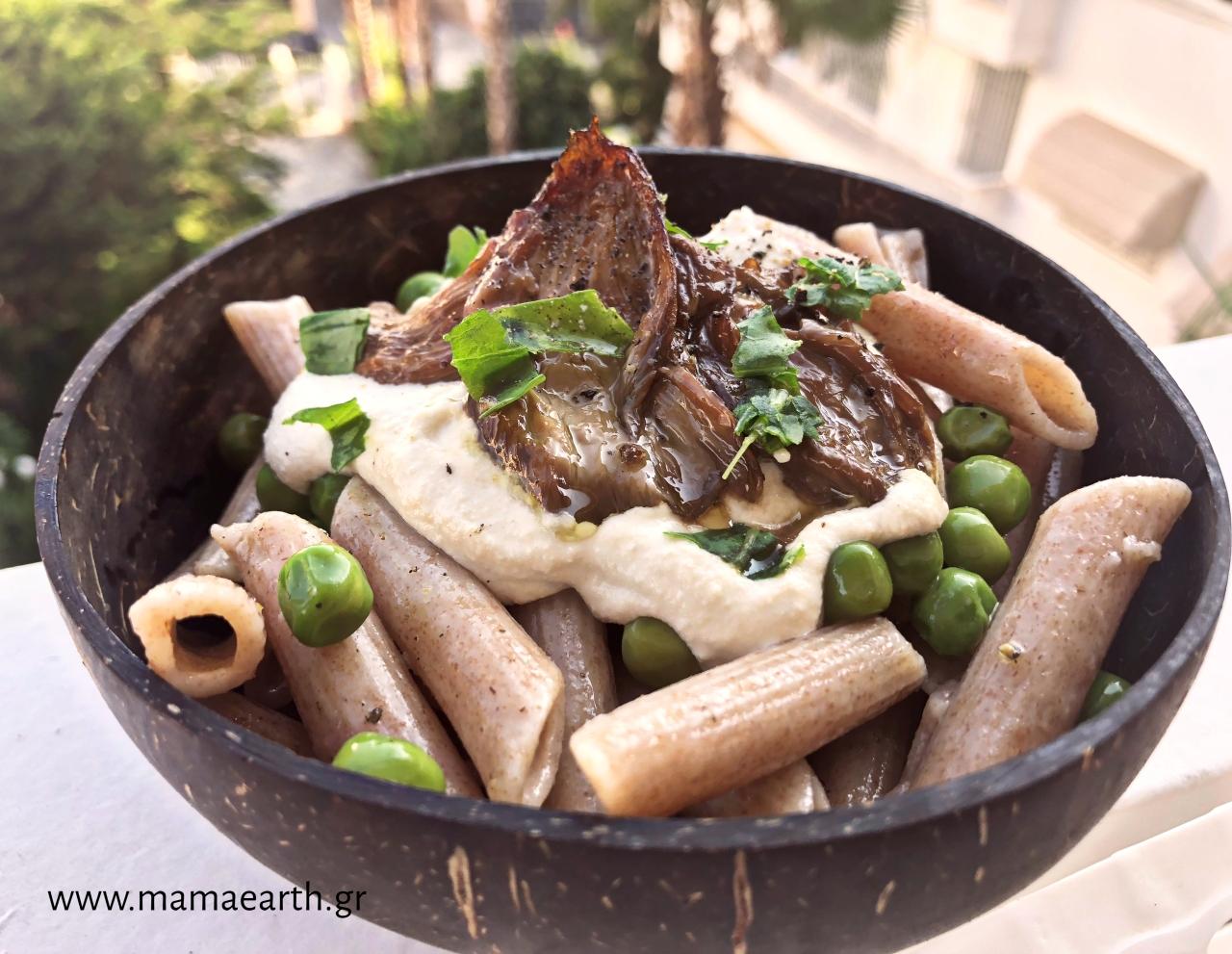 Πέννες ρυζιού με ψητά μανιτάρια και σώς από τόφου καικάσιους
