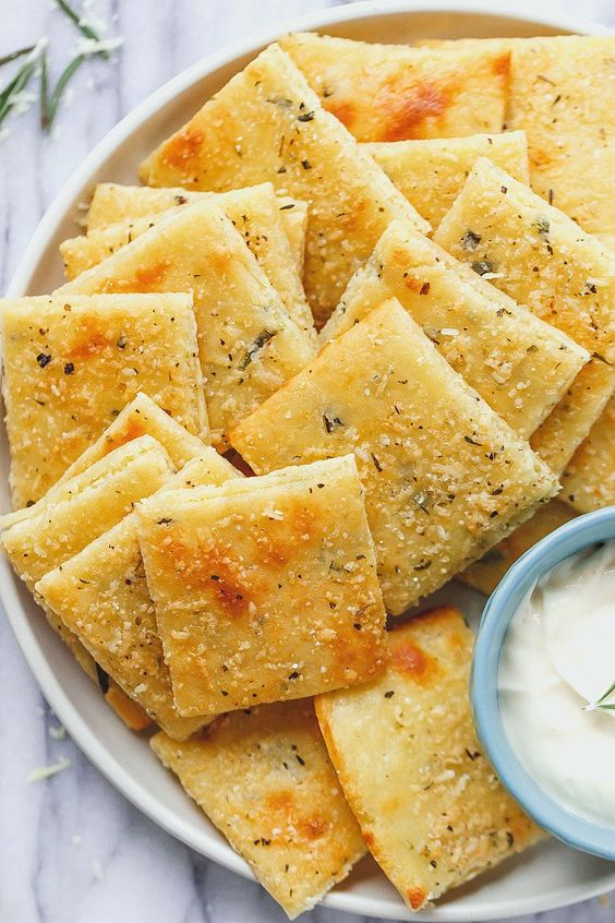 Low Carb CheeseCrackers