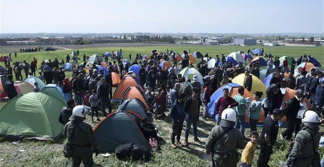 Αυτά είναι τα μηνύματα που ξεσήκωσαν τους πρόσφυγες | Αποφασισμένοι να παραμείνουν σταΔιαβατά
