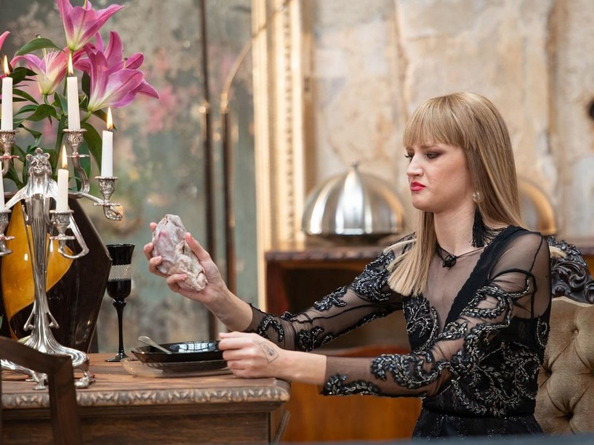 H Eιρήνη Ερμίδου του GNTM στην ιταλική Vogue -Έκοψε τα μαλλιά της και η αλλαγή τηςεντυπωσιάζει