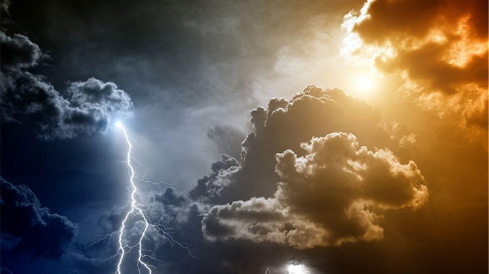 Καιρός: Με βροχές, καταιγίδες και ισχυρούς ανέμους ξεκινά η εβδομάδα – Ποιες περιοχές θαεπηρεαστούν
