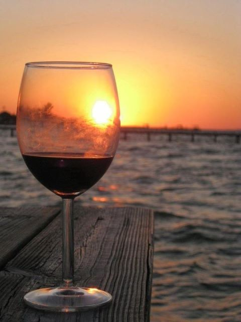 Αυτή η συνήθειά σου στο κρασί, μαρτυρά πολλά για την προσωπικότητάσου!