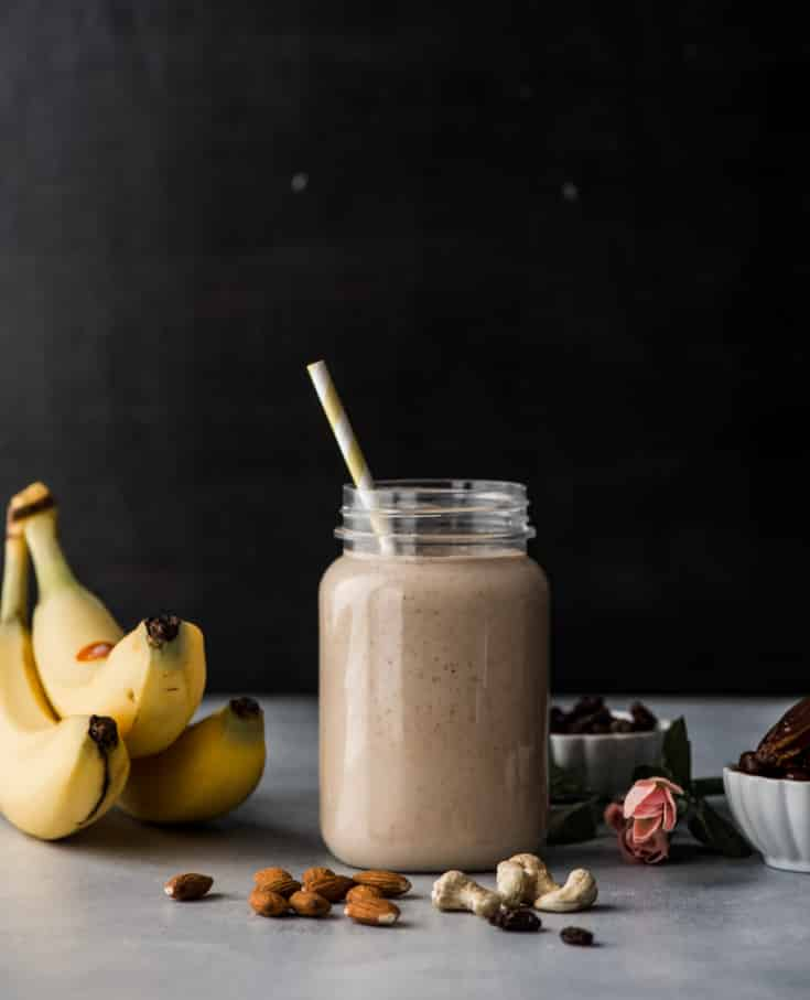 Dry fruit smoothie