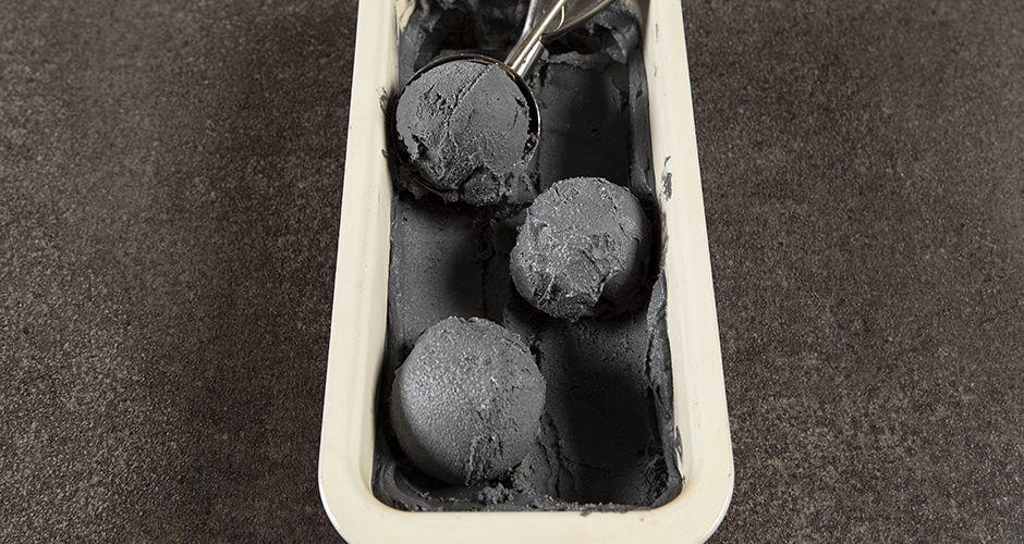Μαύρο vegan παγωτόκαρύδας