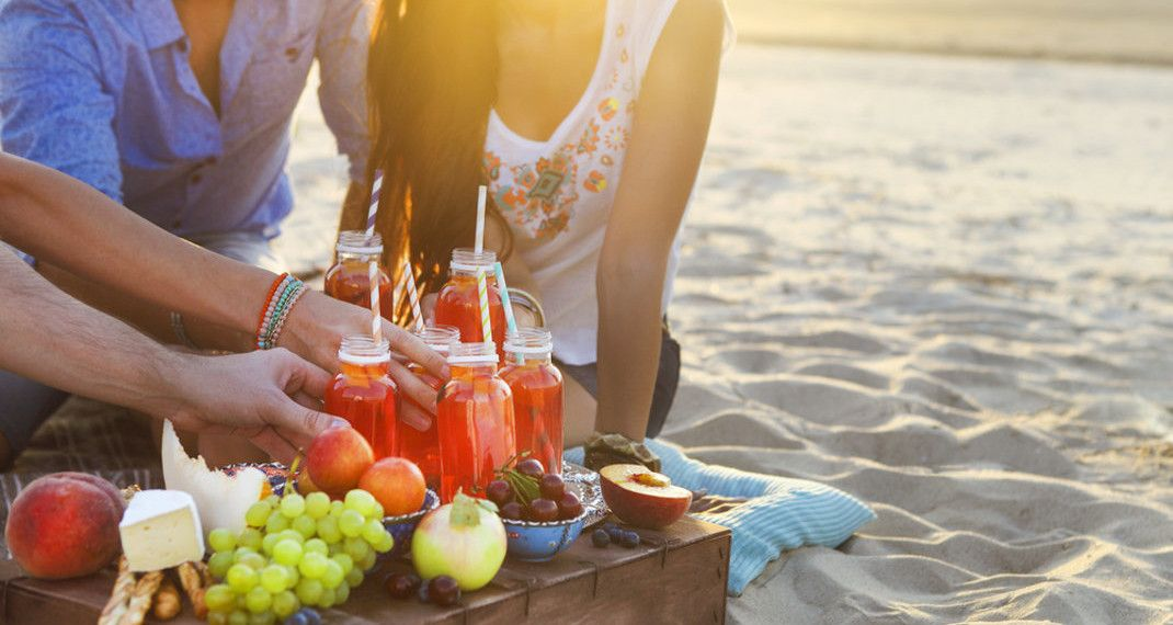 Οι 7 τροφές που δεν πρέπει να φας με τίποτα πριν πας στην παραλία -Σου προκαλούνφούσκωμα