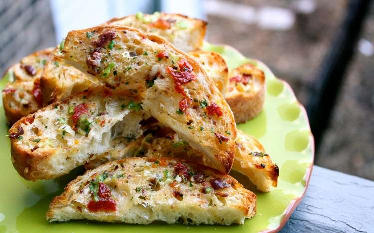 Ψωμί με γεύση Mediterranean από τον ΈκτοραΜποτρίνι