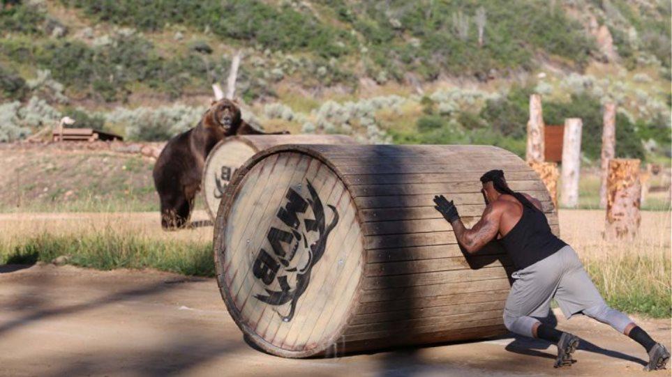 To Discovery Channel φέρνει μία σειρά… αλλιώτικη: Άνθρωπος εναντίον αρκούδας και όποιοςαντέξει!