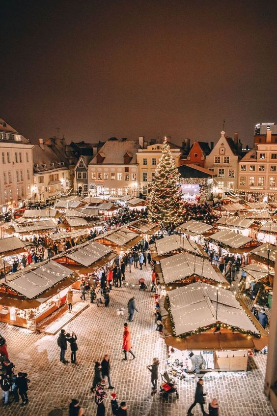 8 warm places to go for Christmas around the world