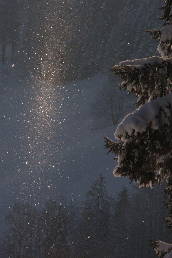 Επελαύνει ο «Ηφαιστίων»: Χιόνια σε Μαγνησία, Αχαΐα και Αρκαδία – Πού υπάρχουν προβλήματα στηνκίνηση