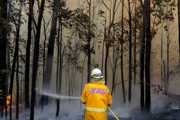 Φωτιές στην Αυστραλία: 24 άτομα κατηγορούνται για εμπρησμό – Σε 50 σημεία οι πυρκαγιές είναιανεξέλεγκτες